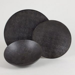Assiette plate, Vesuvio Noir de chez Table Passion