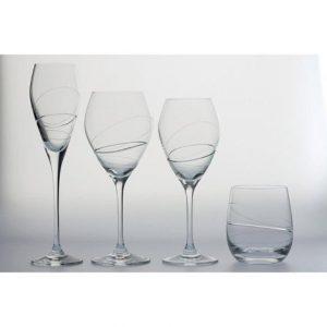 Verre à vin et eau , Flûte à champagne , Gobelet Silhouette Taillée de chez Rona